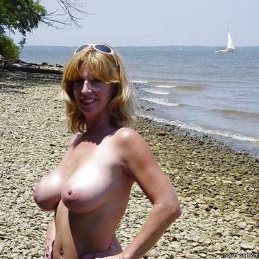 Mature Bilder am strand
