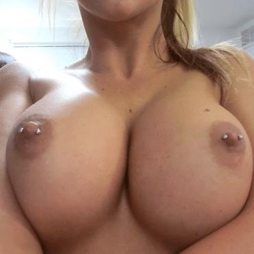 Geile Frauen Nippel Piercing