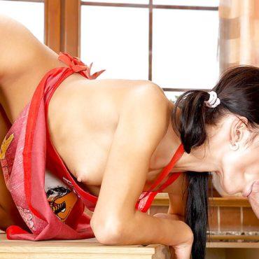 Sex in der Küche blasen