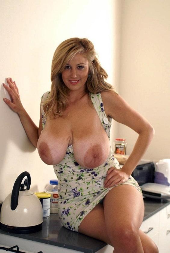 Reife blonde Pornofotos