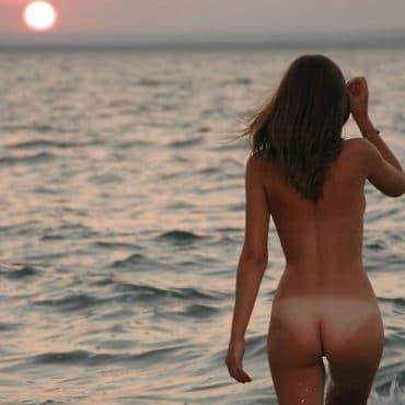 Knackarsch im Meer