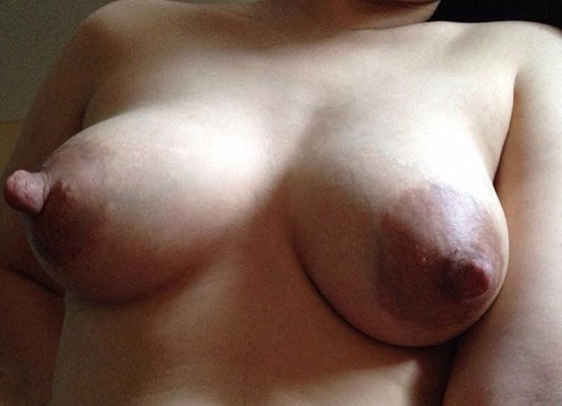 Bilder dicke brustwarzen Brustwarzenentzündung
