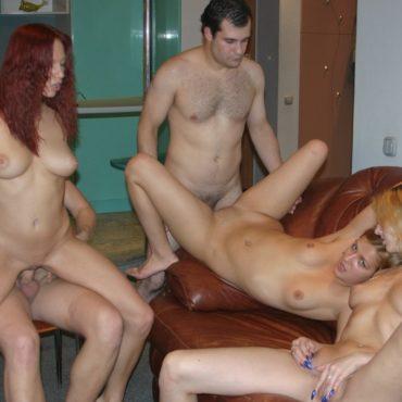 Studenten Sex im Wohnzimmer