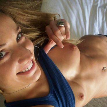 Heiße Frauen im Bett