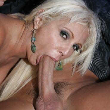 Oral Sex Milfs