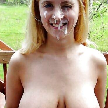 Blondine Sperma im Gesicht